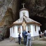 manastirea pestera 1_640x480
